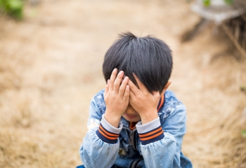 Sadness Changes How Boys Relate to Others