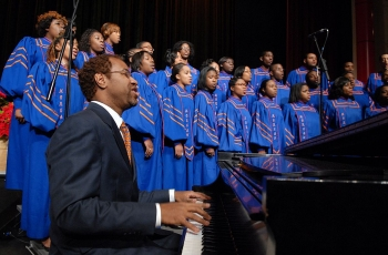 Singing in a Choir Can Boost Your Mindfulness