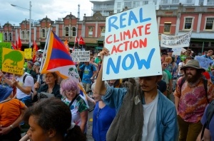 Thousands rally for action on climate change around New Zealand in 2015.