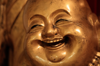 How to Bring Humor to Meditation