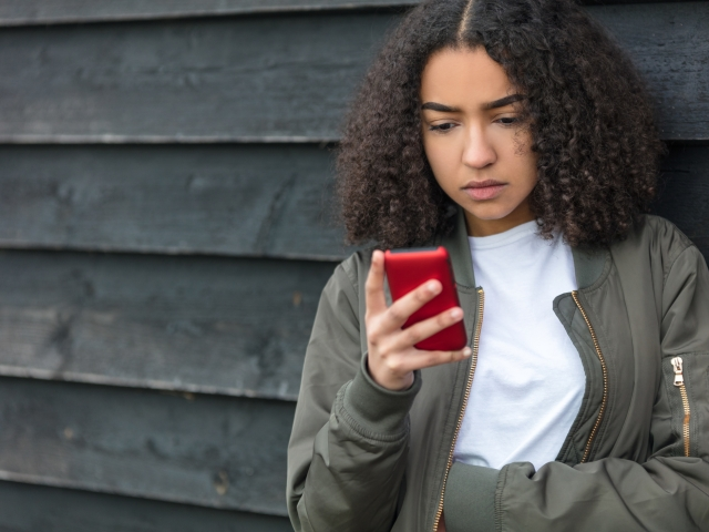Five Tips For Helping Teens Manage >> Are Smartphones Bad For Teen Mental Health