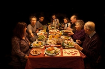 Four Tips for Mindful Eating Over the Holidays
