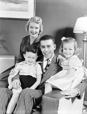an overview of the typical american family in the 1950s Average americans, with the horrors of war behind them, were enjoying  and  living the american dream - get a job, buy a house, marry and raise a family.