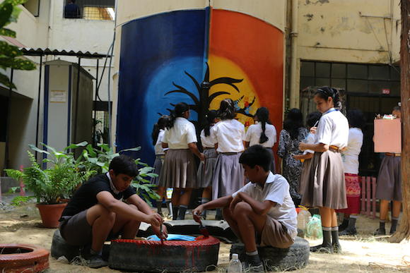 Anam students painting