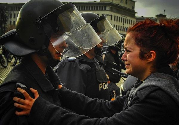 Bulgarian-student-cop